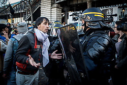 October 31, 2016 - Paris, France - Confrontation between migrants and French police after the evacuation of a small camp in the streets of Paris. More migrants and refugees coming from the dismantling of Calais and also from Italy are living in the streets of Paris, between the Stalingrad and Jaures tube Stations, in the north of the French capital.  (Credit Image: © Guillaume Pinon/NurPhoto via ZUMA Press)