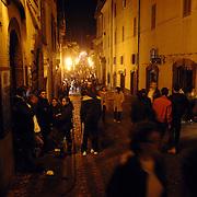 ITA/Bracchiano/20061118 - Huwelijk Tom Cruise en Katie Holmes, straten rondom het kasteel van Bracchiano