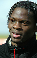 Fotball<br /> Manchester United fotballskole<br /> 4. april 2004<br /> Euro Disney - Frankrike<br /> Foto: Digitalsport<br /> Norway Only<br /> Louis Saha *** Local Caption *** 40001107