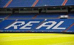 THEMENBILD, ESTADIO SANTIAGO BERNABEU, es ist das Fußballstadion des spanischen Vereins Real Madrid. Es liegt im Zentrum der Stadt Madrid im Viertel Chamartin. Seit der letzten Modernisierung im Jahr 2005 fasst es 80.354 Zuschauer und ist seit 14. November 2007 als UEFA-Elite-Stadion ausgezeichnet, der hoechsten Klassifikation des Europaeischen Fußballverbandes. Das Stadion wurde am 14. Dezember 1947 als Nuevo Estadio Chamartin mit 75.000 Plaetzen offiziell eroeffnet. Am 14. Januar 1955 stimmte die Mitgliederversammlung des Klubs für die Umbenennung des Stadions zu Ehren des damaligen Vereinspraesidenten Santiago Bernabeu, nach dessen Vision die Spielstaette gebaut wurde. Im Bild das Spielfeld mit Tribuenen, es ist der Schriftzug Real auf den Sitzplaetzen zu lesen. Bild aufgenommen am 27.03.2012. EXPA Pictures © 2012, PhotoCredit: EXPA/ Eibner/ Michael Weber..***** ATTENTION - OUT OF GER *****
