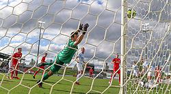Kevin Stuhr Ellegaard (FC Helsingør) er flyvende under kampen i 1. Division mellem FC Fredericia og FC Helsingør den 4. oktober 2020 på Monjasa Park i Fredericia (Foto: Claus Birch).