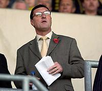 Photo: Daniel Hambury.<br />Oxford Utd v Wrexham. Coca Cola League 2.<br />12/11/2005.<br />Oxford manager Brian Talbot.