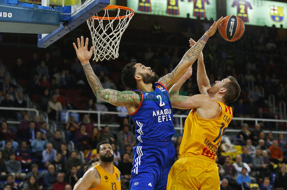 January 19, 2017 - Barcelona, Catalonia, Spain - Tyler Honeycutt and Victor Claver during the match between FC Barcelona and Anadolu Efes, corresponding to the week 17 of the Euroleague, on 19 January  2017. (Credit Image: © Joanvalls/NurPhoto via ZUMA Press)