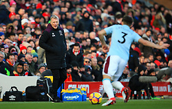West Ham United manager David Moyes looks on as Aaron Cresswell clears the ball - Mandatory by-line: Matt McNulty/JMP - 24/02/2018 - FOOTBALL - Anfield - Liverpool, England - Liverpool v West Ham United - Premier League