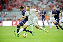 04.08.2015, Allianz Arena, Muenchen, GER, AUDI CUP, Real Madrid vs Tottenham Hotspur, im Bild Links Dele Alli (Tottenham Hotspur) gegen Denis Cheryshev (Real Madrid) // during the 2015 Audi Cup Match between Real Madrid and Tottenham Hotspur at the Allianz Arena in Muenchen, Germany on 2015/08/04. EXPA Pictures © 2015, PhotoCredit: EXPA/ Eibner-Pressefoto/ Stuetzle<br /> <br /> *****ATTENTION - OUT of GER*****