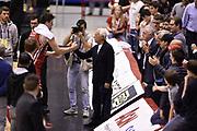 DESCRIZIONE : Milano Lega A 2014-15 <br /> EA7 Olimpia Milano - Acea Virtus Roma <br /> GIOCATORE : Alessandro Gentile Giorgio Armani <br /> CATEGORIA : esultanza post game mani <br /> SQUADRA : EA7 Olimpia Milano<br /> EVENTO : Campionato Lega A 2014-2015 <br /> GARA : EA7 Olimpia Milano - Acea Virtus Roma<br /> DATA : 12/04/2015<br /> SPORT : Pallacanestro <br /> AUTORE : Agenzia Ciamillo-Castoria/GiulioCiamillo<br /> Galleria : Lega Basket A 2014-2015  <br /> Fotonotizia : Milano Lega A 2014-15 EA7 Olimpia Milano - Acea Virtus Roma