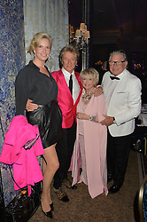 Left to right, SIR ROD STEWART and LADY STEWART, GLORIA HUNNIFORD and STEPHEN WAY at the annual PINKTOBER Gala presented by Hard Rock Heals at The Dorchester, Park Lane, London on 14th October 2016.  The annual event raises money for The Caron Keating Foundation.