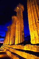 Columns of the Temple of Hercules (Tempio di Ercole), Valley of the Temples (Valle di Templi) archaeologica site, Agrigento, Sicily, Italy
