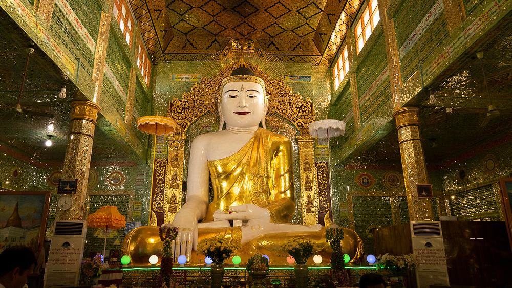 U Min Thonze Caves Buddha, Sagaing Hill<br /> The pagoda is build around the 14th century and it was reconstructed in the mid 19th century. It has 30 semicircular gallery entrances, which resemble cave openings.