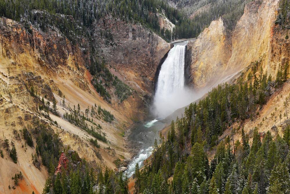 Cascada superior (Upper Falls) del Cañón de Yellowstone, Yellowstone NP, Wyoming (Estados Unidos)