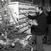 NLD/Huizen/19911217 - Kerstdrukte bij het sorteercentrum PTT Huizen