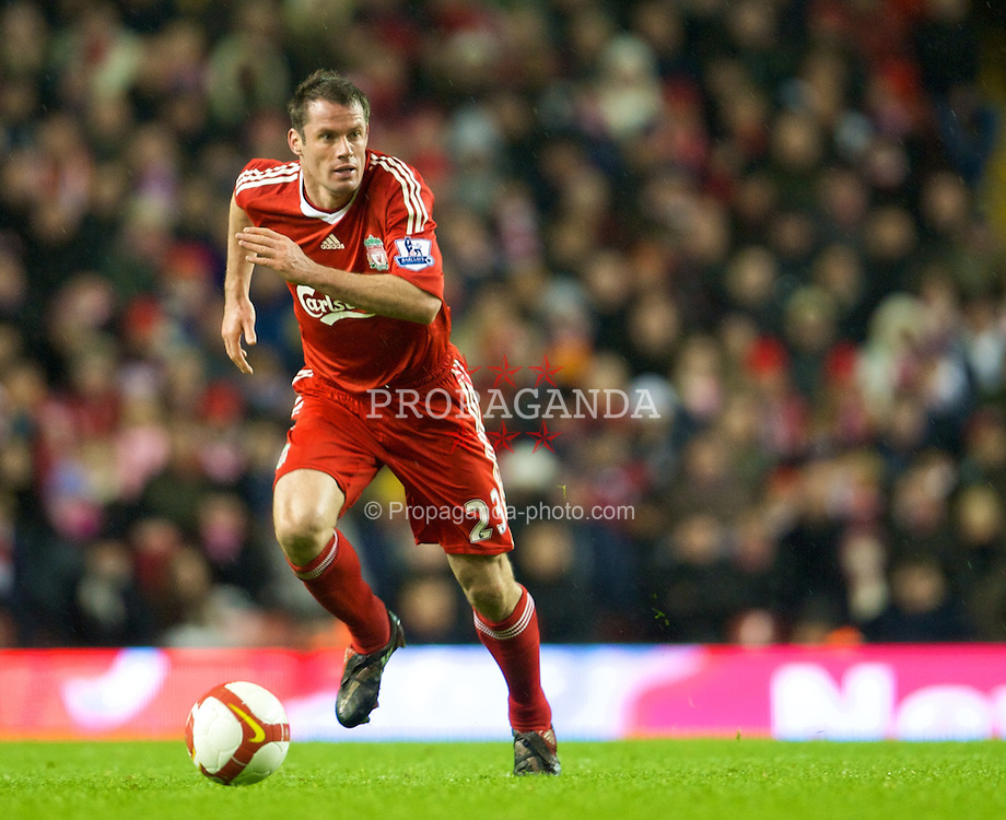 LIVERPOOL, ENGLAND - Wednesday, October 29, 2008: Liverpool's Jamie Carragher in action against Portsmouth during the Premiership match at Anfield. (Photo by David Rawcliffe/Propaganda)