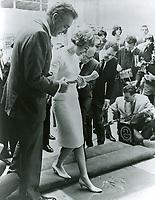 1966 Julie Andrews' footprint ceremony