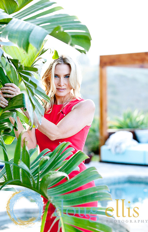 Karen Moore and Carrie Sisson Outdoor Malibu Lifestyle Portraits 2010