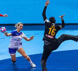 14-12-2018 FRA: Women European Handball Championships Russia - Romania, Paris<br /> First semi final Russia - Romania 28 - 22 / Polina Kuznetsova #2 of Russia