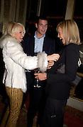 Archie Keswick, Hannah Sandling and Emily Crompton, The Tatler Travel Awards, Ritz. 9 January 2003.  © Copyright Photograph by Dafydd Jones 66 Stockwell Park Rd. London SW9 0DA Tel 020 7733 0108 www.dafjones.com