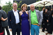 HANS ULRICH OBRIST; JULIA PEYTON-JONES; SIR RICHARD ROGERS, The Summer party 2011 co-hosted by Burberry. The Summer pavilion designed by Peter Zumthor. Serpentine Gallery. Kensington Gardens. London. 28 June 2011. <br /> <br />  , -DO NOT ARCHIVE-© Copyright Photograph by Dafydd Jones. 248 Clapham Rd. London SW9 0PZ. Tel 0207 820 0771. www.dafjones.com.