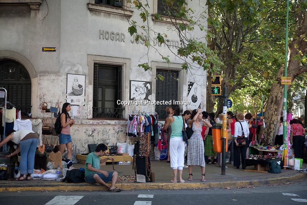 in the streets of PALERMO SOHO , the new trendy area   Buenos Aires - Argentina  .///.dans les rues de PALERMO SOHO , le quartier jeune et a la mode  Buenos Aires - Argentine .///.BUAIR079