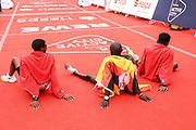 Marathon: Haspa Hamburg 2021, Hamburg, 12.09.2021<br /> v.l.: Masresha Bisetegn (ETH, 2. Platz), Sieger Martin Masau (UGA)  und Belay Bezabh (ETH, 3. Platz)<br /> © Torsten Helmke