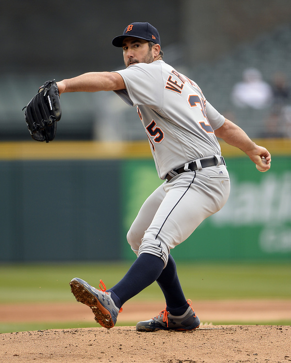 CHICAGO - APRIL 04:  Justin Verlander #35 of the Detroit Tigers pitches during the game against the Chicago White Sox on April 04, 2017 at Guaranteed Rate Field in Chicago, Illinois.  The Tigers defeated the White Sox 6-3.  (Photo by Ron Vesely)   Subject:  Justin Verlander