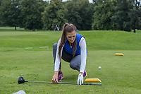 ALMERE  - op de goede plaats opteeen. . ,binnen 2 stoklengten.   Golf, regels,    COPYRIGHT KOEN SUYK