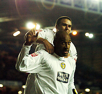 Fotball<br /> Championship England 2004/05<br /> Leeds United v Queens Park Rangers<br /> 20. november 2004<br /> Foto: Digitalsport<br /> NORWAY ONLY<br /> BRIAN DEANE CELEBRATES HIS 4TH AND LEEDS 6TH GOAL WITH DAVID HEALY