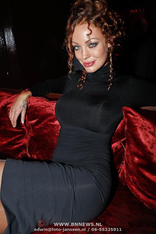 NLD/Amsterdam/20101008 - Onthulling Playboy cover Sanne Kraaijkamp, Dorien Rose Duinker