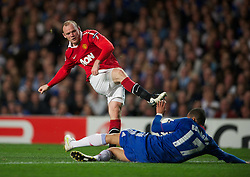 06.04.2011, Stamford Bridge, London, ENG, UEFA CL, Viertelfinale, Hinspiel, Chelsea FC (ENG) vs Manchester United (ENG), im Bild Manchester United's Wayne Rooney in action against Chelsea during the UEFA Champions League Quarter-Final 1st leg match at Stamford Bridge, EXPA Pictures © 2011, PhotoCredit: EXPA/ Propaganda/ D. Rawcliffe *** ATTENTION *** UK OUT!