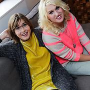 NLD/Naarden/20121017 - Persviewing Britt & Ymke, Ymke Wieringa en Britt Dekker