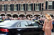 Koning Willem-Alexander en koningin Maxima wonen de receptie bij tijdens de viering van honderd jaar Algemeen Kiesrecht in de Ridderzaal.<br /> <br /> King Willem-Alexander and Queen Maxima attend the reception during the celebration of one hundred years of General Election Law in the Ridderzaal.