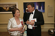 Dame Liz forgan and Lord Hollick, Royal Academy Annual dinner. Royal Academy, Piccadilly. 6 June 2006. ONE TIME USE ONLY - DO NOT ARCHIVE  © Copyright Photograph by Dafydd Jones 66 Stockwell Park Rd. London SW9 0DA Tel 020 7733 0108 www.dafjones.com