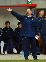 Photo: Paul Greenwood.<br />Blackpool v Norwich City. The FA Cup. 27/01/2007. Norwich manager Peter Grant