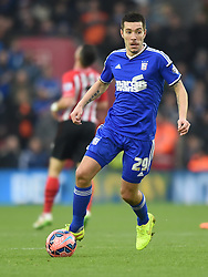 Ipswich Town's Darren Ambrose in action against Southampton - Photo mandatory by-line: Paul Knight/JMP - Mobile: 07966 386802 - 04/01/2015 - SPORT - Football - Southampton - St Mary's Stadium - Southampton v Ipswich Town - FA Cup Third Round