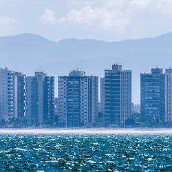 """""""Baía de Vitória (paisagem) fotografado em Vitória, Espírito Santo -  Sudeste do Brasil. Oceano Atlântico. Registro feito em 2017.<br /> <br /> <br /> ENGLISH: Vitória bay photographed in Vitória, Espírito Santo - Southeast of Brazil. Atlantic Ocean. Picture made in 2017."""""""