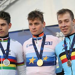 04-11-2018: Wielrennen: EK veldrijden: Rosmalen:  <br />Mathieu van der Poel wint het Europees Kampioenschap veldrijden voor Wout van Aert en Laurens Sweeck
