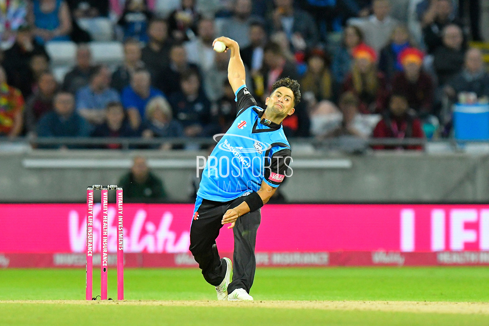 Brett D'Oliveira of Worcestershire bowling during the final of the Vitality T20 Finals Day 2018 match between Worcestershire Rapids and Sussex Sharks at Edgbaston, Birmingham, United Kingdom on 15 September 2018.