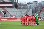 Fussball: 2. Bundesliga, FC St. Pauli - Fortuna Düsseldorf 0:3, Hamburg, 20.12.2020<br /> Fortuna Düsseldorf vor dem Spiel, Motivationskreis<br /> © Torsten Helmke