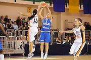 DESCRIZIONE : Parma All Star Game 2012 Donne Torneo Ocme Lega A1 Femminile 2011-12 FIP <br /> GIOCATORE : Giulia Gatti<br /> CATEGORIA : tiro<br /> SQUADRA : Nazionale Italia Donne Ocme All Stars<br /> EVENTO : All Star Game FIP Lega A1 Femminile 2011-2012<br /> GARA : Ocme All Stars Italia<br /> DATA : 14/02/2012<br /> SPORT : Pallacanestro<br /> AUTORE : Agenzia Ciamillo-Castoria/C.De Massis<br /> GALLERIA : Lega Basket Femminile 2011-2012<br /> FOTONOTIZIA : Parma All Star Game 2012 Donne Torneo Ocme Lega A1 Femminile 2011-12 FIP <br /> PREDEFINITA :