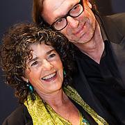 NLD/Amsterdam/20131018 - Inloop Televiziergala 2013, Dieuwertje Blok en Eric van Tijn