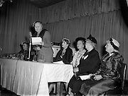 10/05/1955<br /> 05/10/1955<br /> 10 May 1955<br /> N.A.I.D.A. Annual Fashion Parade at the Gresham Hotel, Dublin. Judges table.