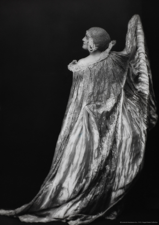 "Marie Burke, actress in ""Afghar"", England, UK, 1919"