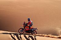 Motor<br /> Paris Dakar 2004<br /> Foto: Digitalsport<br /> Norway Only<br /> <br /> ER RACHIDIA - OUARZAZATE<br /> 20040105<br /> ISIDRE ESTEVE PUJOL / REPSOL KTM