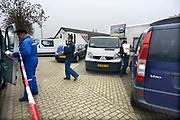 Nederland, Millingen, 4-12-2013Inval door politie in autosloperij aan het Molenveld. Politielint bij inval door justitie .Foto: Flip Franssen