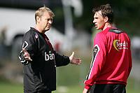 Fotball, 31. mai 2005, Trening Norge, Åge Hareide og Claus Lundekvam<br /> May 31. 2005, Training Norway, Trainer Age Hareide and Claus Lundekvam
