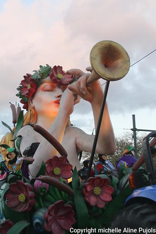 Endymion Parade, New Orleans, Mardi Gras.
