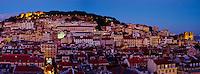Portugal, Lisbonne, la ville et le Castelo Sao Jorge ou chateau Saint Georges et la cathedrale Sé// Portugal, Lisbon, city and Castelo Sao Jorge or Saint Georges Castle and Sé Cathedral