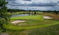 CROMVOIRT - Hole 17 . Bernardus Golf is een golfbaan in Cromvoirt, die in 2018 is geopend. De 18-holes baan is een ontwerp van de baanarchitect Kyle Phillips. De baan is aangewezen voor het Dutch Open, .   COPYRIGHT KOEN SUYK