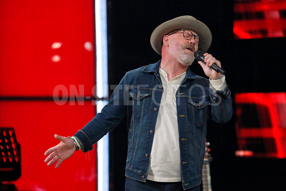 """THE VOICE -- """"Knockout Reality"""" Episode 2010 --  Pictured: Pete Mroz -- (Photo by: Trae Patton/NBC)"""