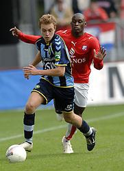22-10-2006 VOETBAL: UTRECHT - DEN HAAG: UTRECHT<br /> FC Utrecht wint in eigenhuis met 2-0 van FC Den Haag / Levi Schwiebbe<br /> ©2006-WWW.FOTOHOOGENDOORN.NL