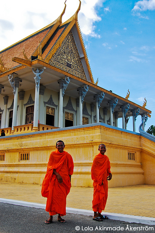Landmarks and cultural icons in Cambodia Faces and portraits from Cambodia